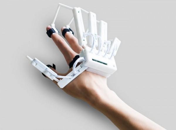 Dexmo — новая перчатка для виртуальной реальности