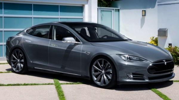 Tesla будет продавать подержанные авто