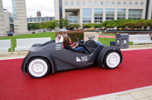 Авто из 3D-принтера разогнали до 64 км/ч