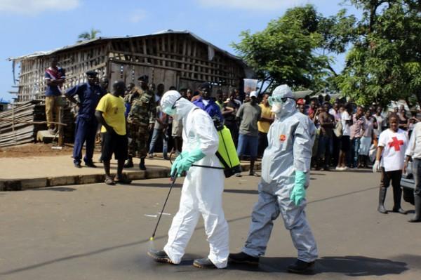 Роботы помогут бороться с лихорадкой Эбола