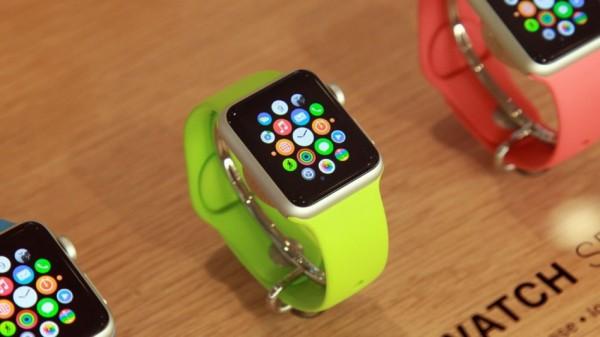 Умные часы Apple задержатся до весны 2015