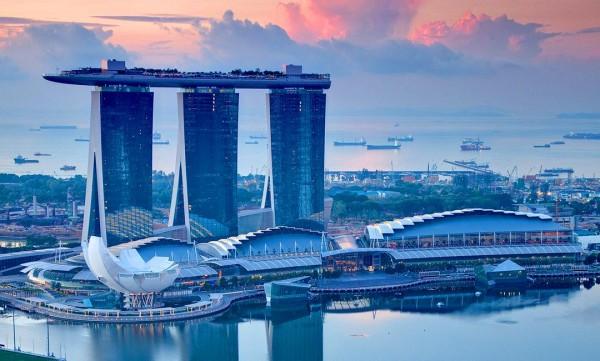 Смартфоны захватили Сингапур