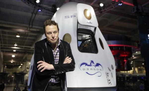 Элон Маск запустит на орбиту сотни интернет-спутников