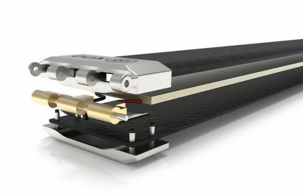 Nifty XOO Belt — «умный» ремень для подзарядки смартфона
