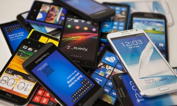 Samsung сократит количество выпускаемых моделей смартфонов на треть