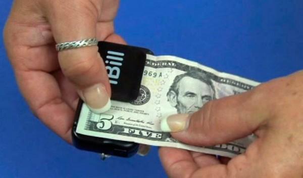 iBill подскажет слабовидящим людям номинал банкноты