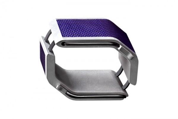 SolarHug: солнечная батарея, флешка или модный браслет?