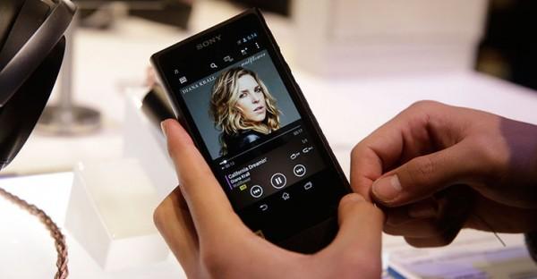 Sony Walkman NW-ZX2 — плеер для меломанов за 1000 долларов