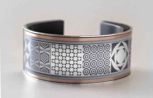 LookSee: модный «умный» браслет