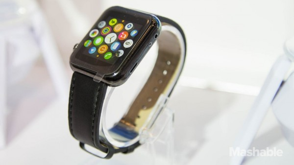 «Apple Watch» уже можно купить на CES 2015