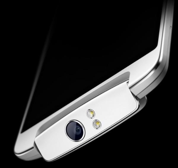 Polaroid украла дизайн у Oppo?