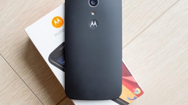 E Styx и G Titan: два новых телефона от Motorola