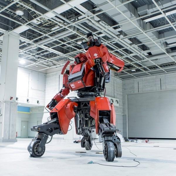 Боевого робота за миллион долларов купить не желаете?