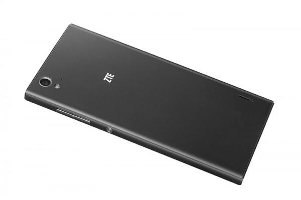 Доступный 64 битный смартфон для селфи