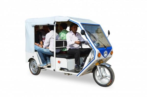 Индию скоро «захватят» электрорикши