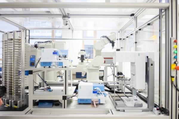 Робот-ученый Ева нашла дешевое лекарство от малярии
