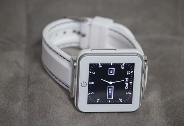 Pipo C2: «умные» часы за 32 доллара