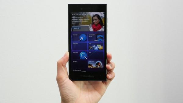 Blackberry Leap: «рабочая лошадка» для деловых пользователей