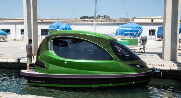 Reptile: новая мини-яхта от создателей Jet Capsule