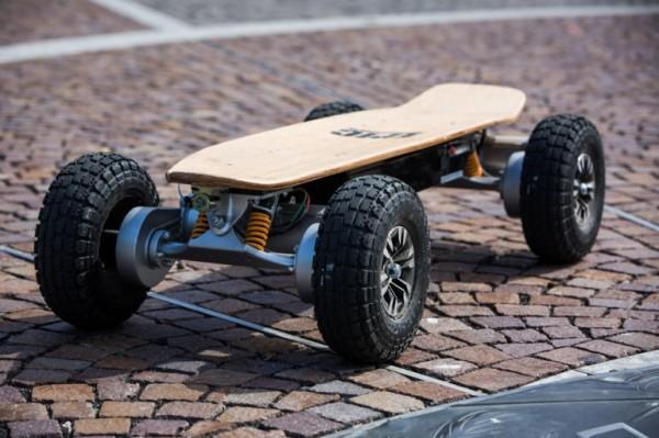 Dominator 3200 Pro — мощный электрический скейтборд