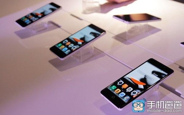 TCL P618L — смартфон с долгим временем автономной работы
