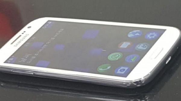 «Шпионские» фото Samsung Z2 — нового смартфона на базе Tizen