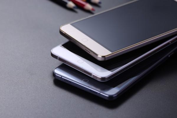 Выбираем фаблет за 0: Elephone P7000 против Ulefone Be Touch