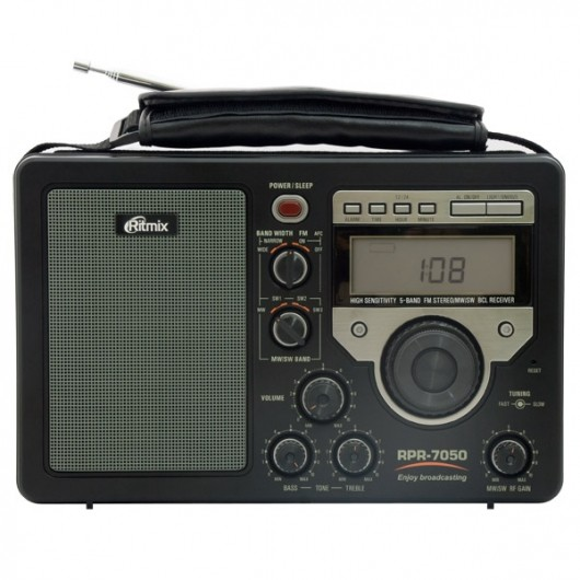 Ritmix RPR-7050: радио 21 века