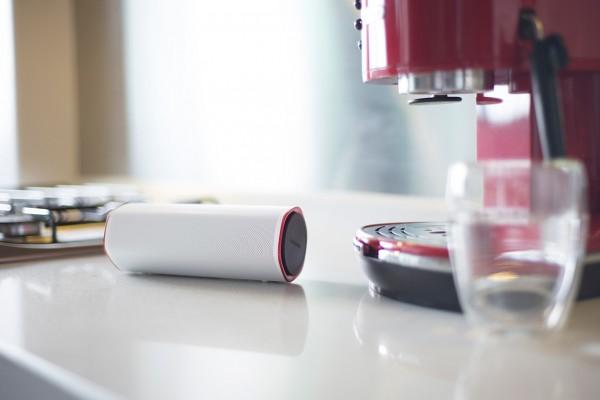Creative Sound Blaster FRee — портативная колонка с защитой от влаги