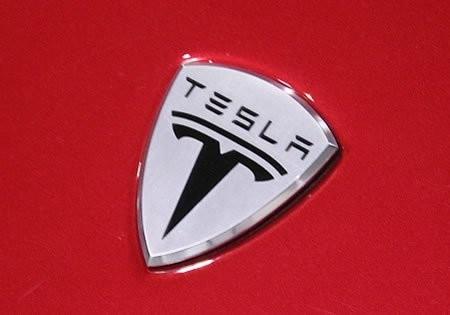 Новый электромобиль Tesla Model S