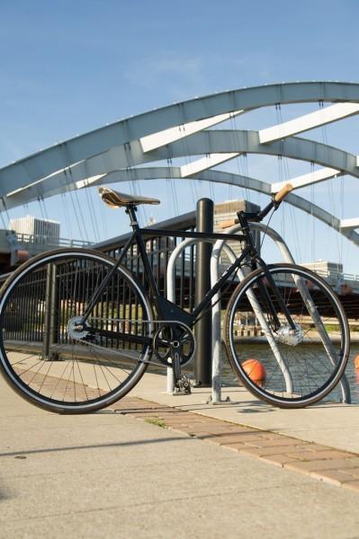 Maxwell EP0 — легкий электрический велосипед с классическим дизайном