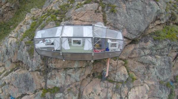 Skylodge Adventure Suites — гостиница на скале
