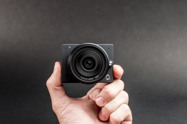 Z Camera E1 — миниатюрная камера с поддержкой 4К