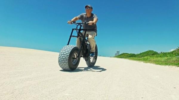 Xterrain500 — электрический велосипед с широким колесом