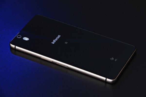Infocus M810T — фаблет с NFC и 4G за 9.99