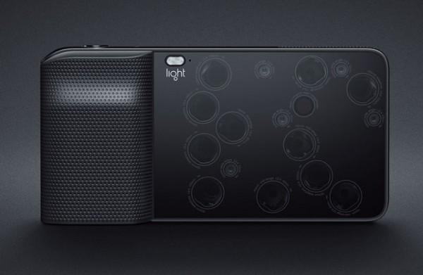 Light L16 — камера с 16 объективами