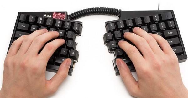 Ultimate Hacking Keyboard — клавиатура из 2 половинок