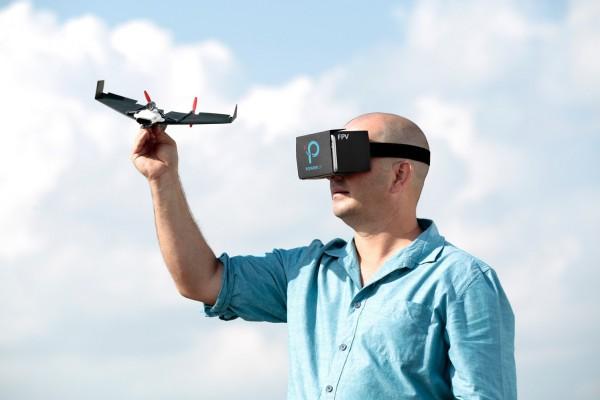 PowerUp FPV — управляемый бумажный самолетик