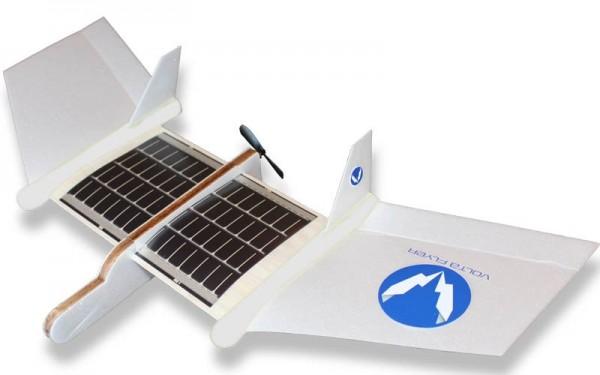 Volta Flyer — игрушечный самолет с солнечными батареями