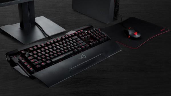 ASUS ROG Horus GK2000 — клавиатура с подставкой для умного телефона и подсветкой