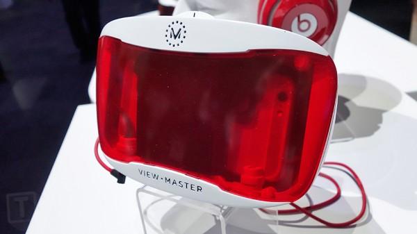 Mattel View-Master Viewer DLX — недорогая гарнитура виртуальной реальности