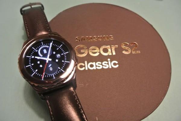 Samsung Gear S2 classic 3G — первые умные часы с поддержкой eSIM