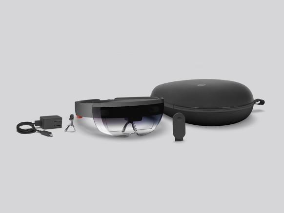Стали известны спецификации Microsoft HoloLens