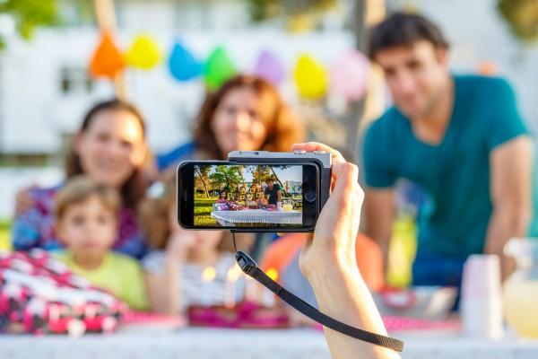 Pictar превращает iPhone в удобную камеру