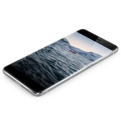 3 новых смартфона, которые стоит приобрести
