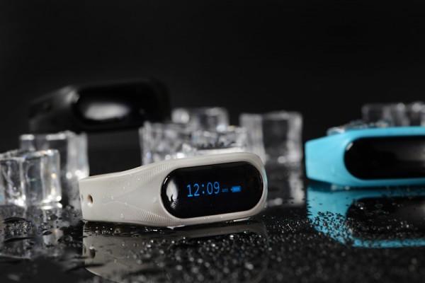Cubot Band V1 — спортивный браслет с OLED-дисплеем