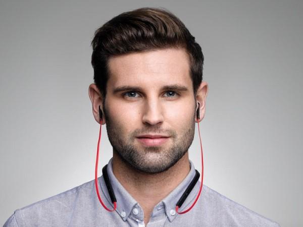 Jabra Halo Smart позволяет говорить и слушать музыку одновременно
