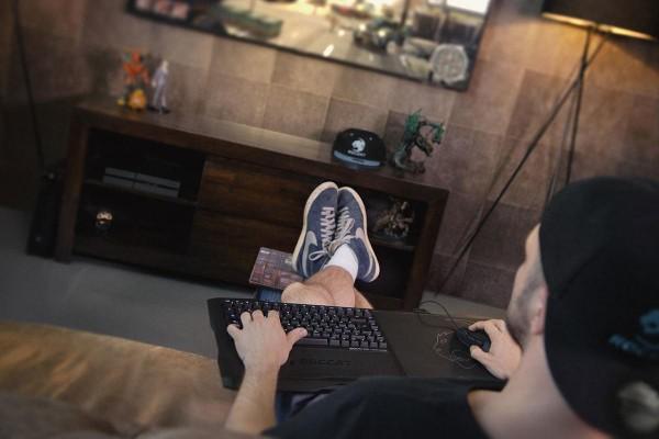 Roccat Sova Gaming Board — игровой контроллер для гостиной