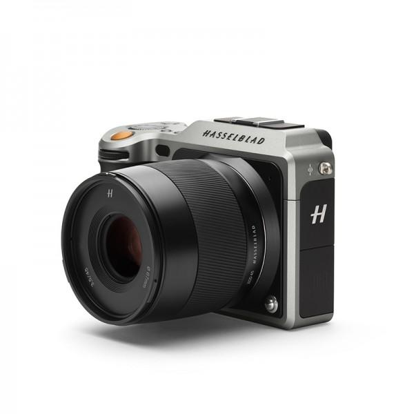 Hasselblad представила X1D — беззеркальную камеру среднего формата