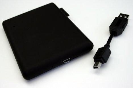 Миниатюрный USB-накопитель Freecom Mobile Drive XXS